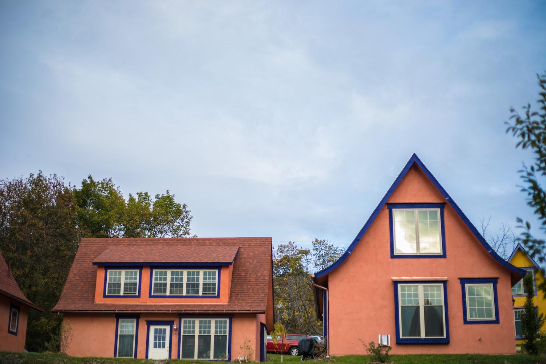 bourgade-seneca-tiny-houses-community-hector.jpg