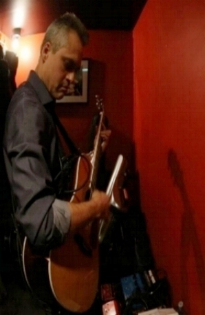 Dave: Guitar