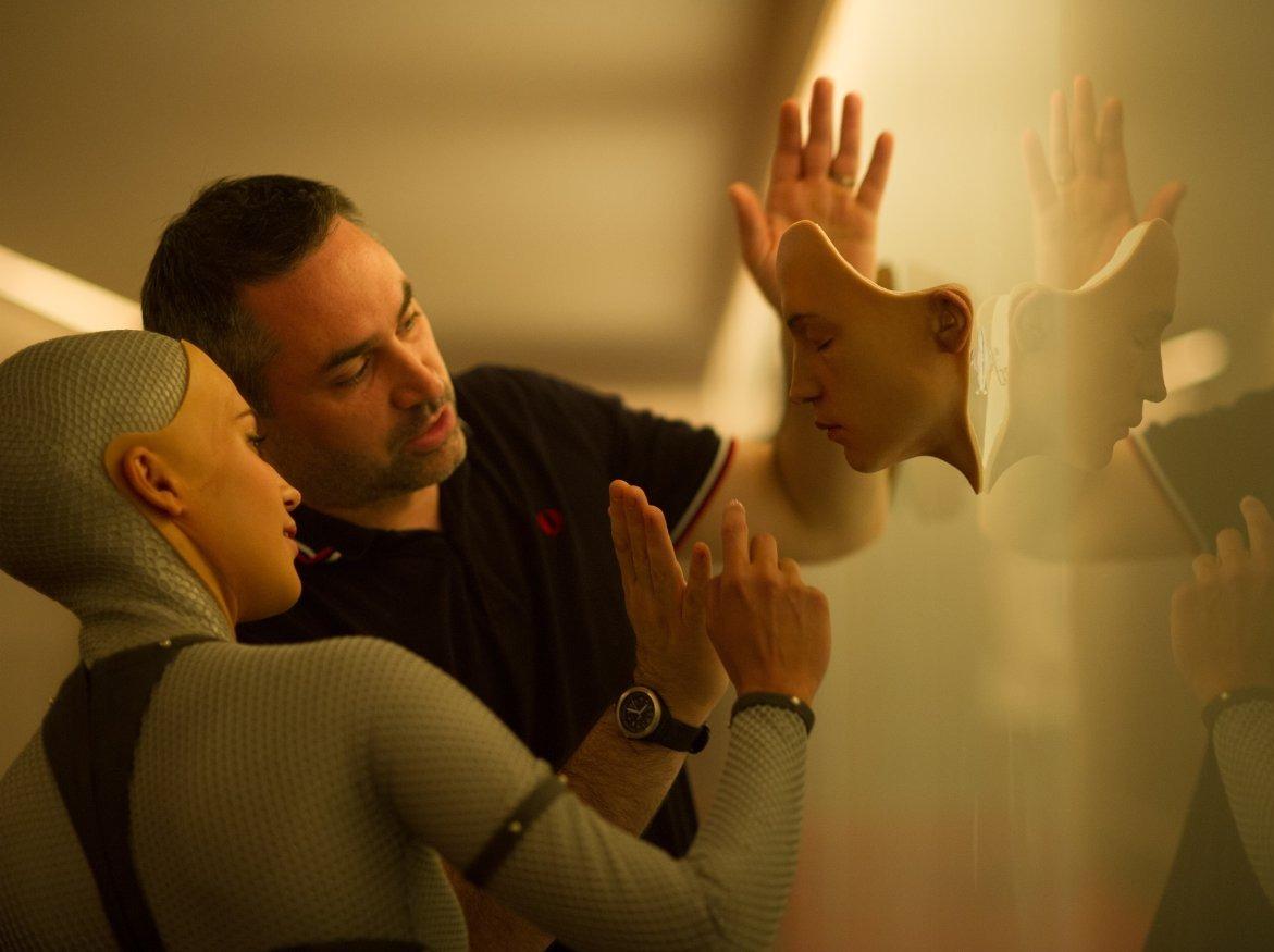 Alicia Vikander & Alex Garland on the set of EX MACHINA