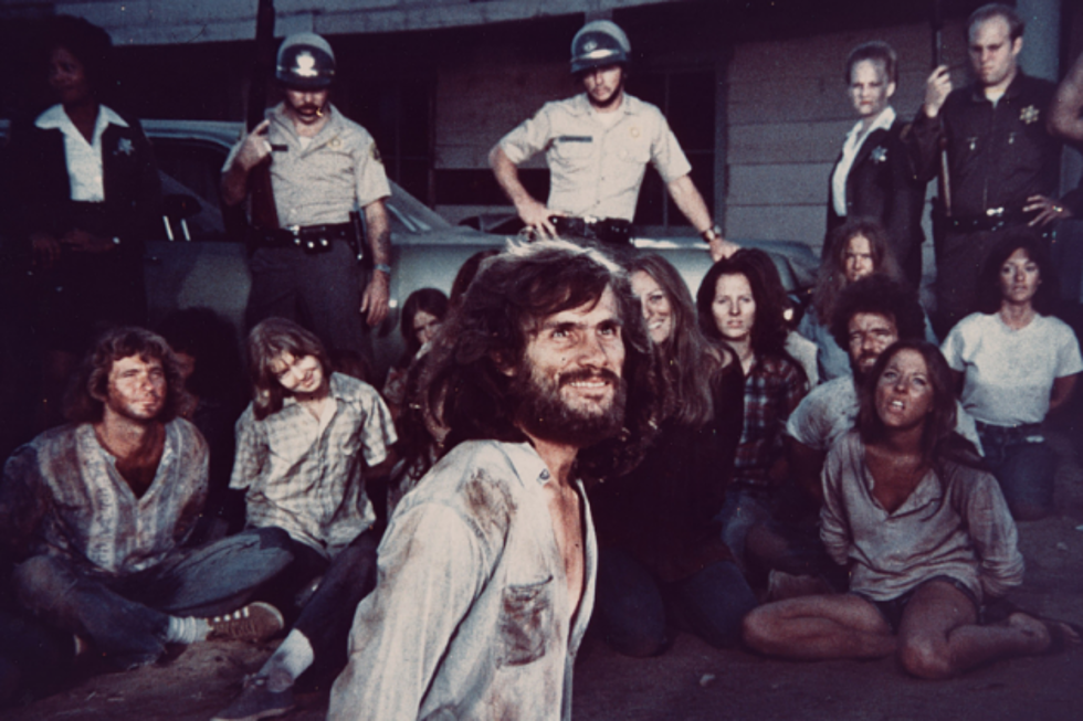 Charles-Manson-Helter-Skelter-1976-630x420.png