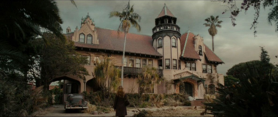 Doheny_Mansion_Drag_Me_to_Hell_Screen_grab_via_Universal_Pictures.0.jpg