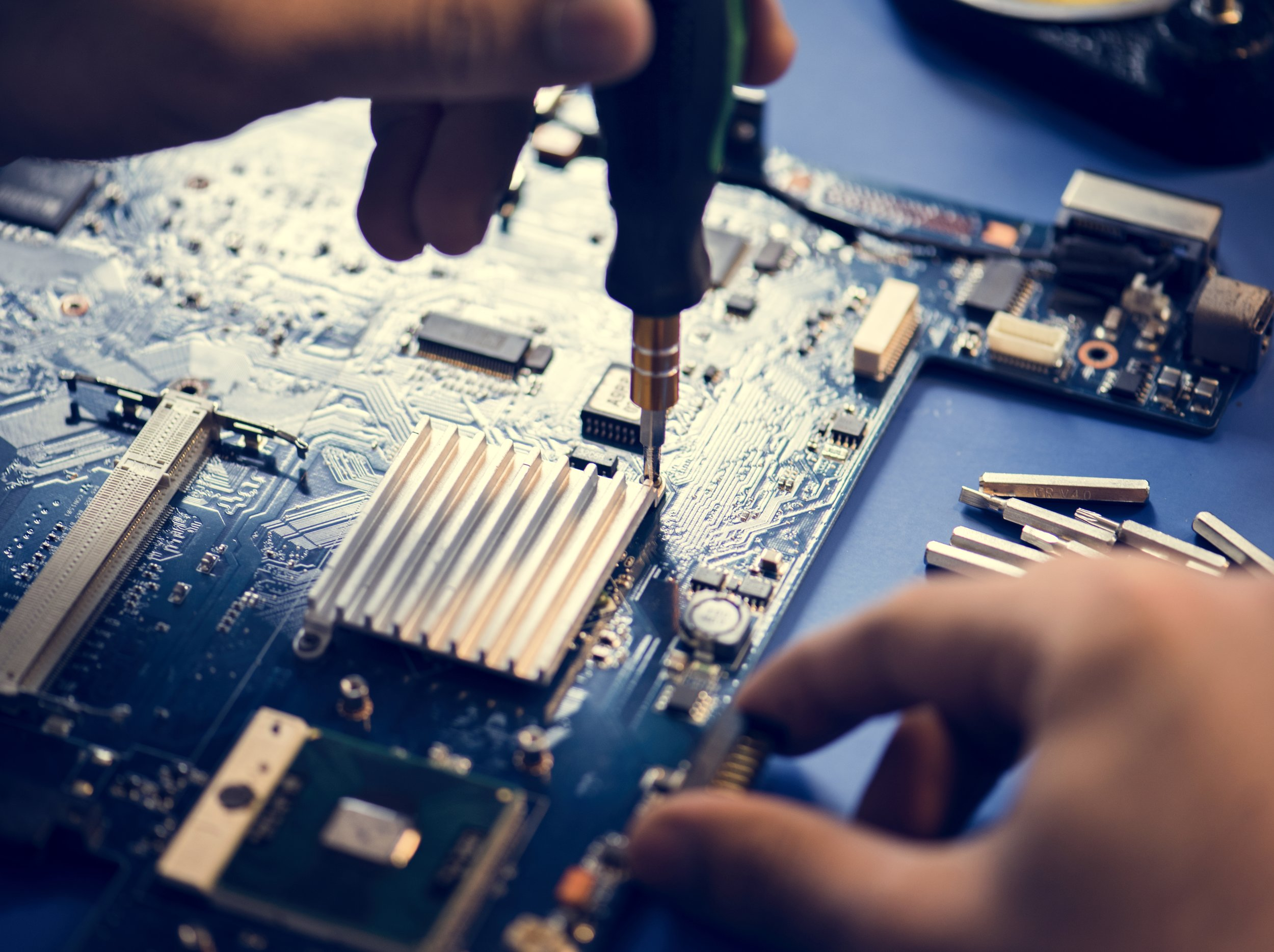 Hardware Repairs - Whether you need a repair, replacement, upgrade, or addition to your laptop or desktop, I have direct access to sourcing original parts and years of hardware experience. Need a new/updated hard drive, display, disc drive, RAM, power supply, or any other component? I can do it!