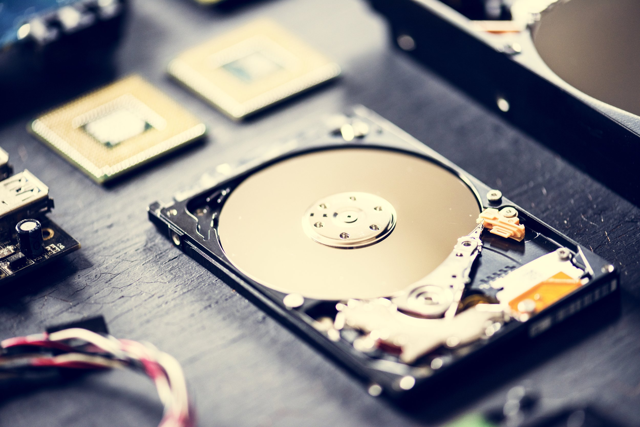 Data Recovery - In the digital age, data is our most precious asset, and proper and regular backups are absolutely essential, but things sometimes happen. Whether you have a desktop, laptop, tablet, phone, SD card, or USB drive, I can help you recover your lost/damaged/deleted data/files.*
