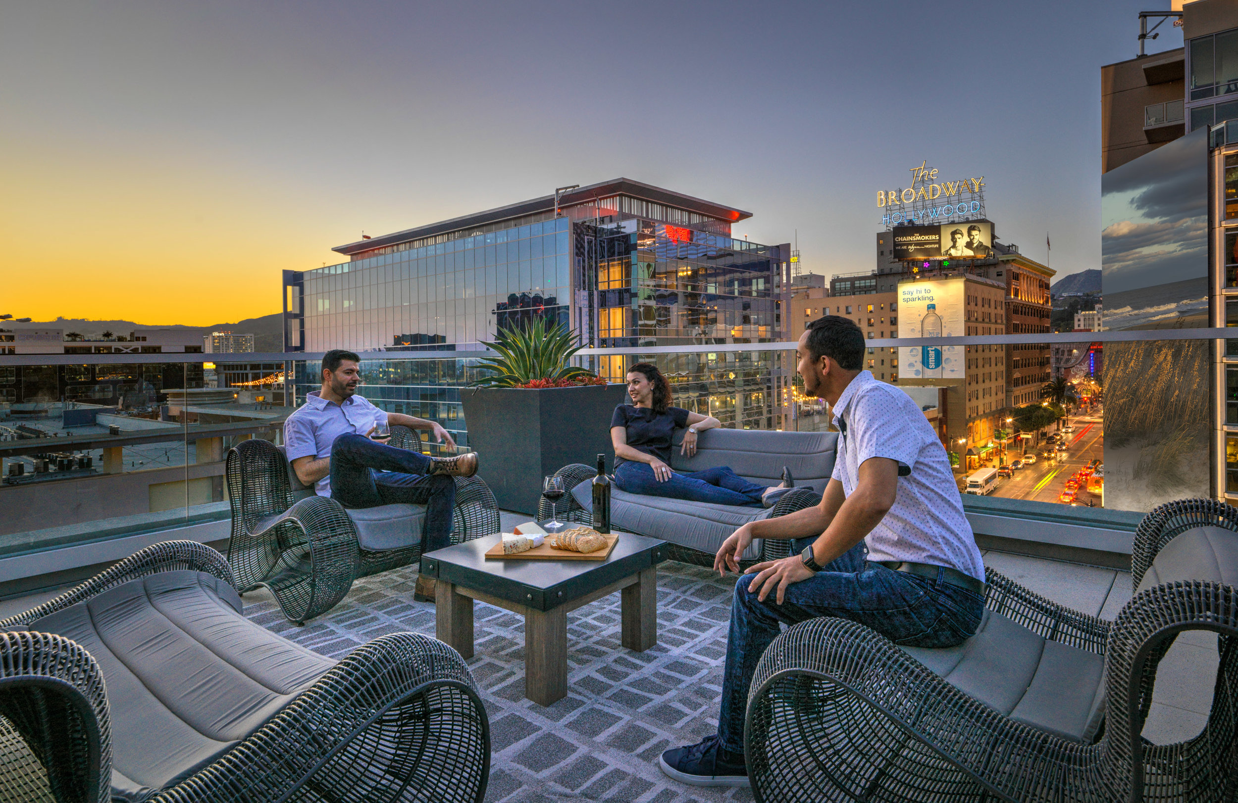 The-Camden-Apartments-Hollywood-California-Roof-Deck-Lounge-Night-Lifestyle.jpg