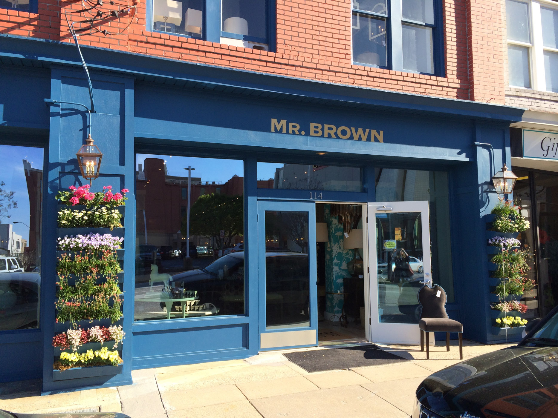 Speaking of England,  Mr. Brown London  is a favorite stop. I adore their store facade with the bright blue planters of ingenious design.