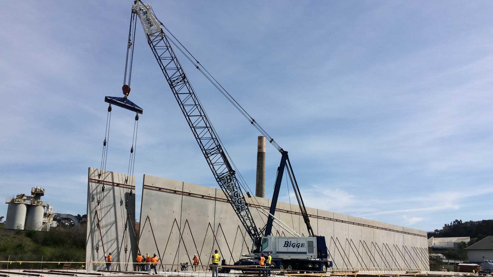 Warehouse walls tilting up