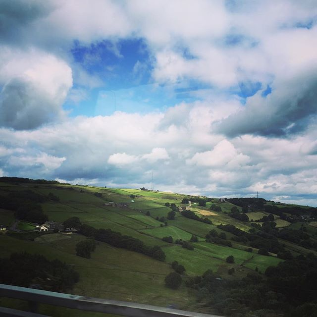 #clouds #summer #beauty #sky #cloudporn #beautiful #travel #vacation #visiting #instatravel #instago #trip #tourism #instagood #instapassport #travelgram #europe #uk #england