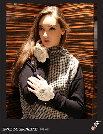 amra lookbook glove.jpg