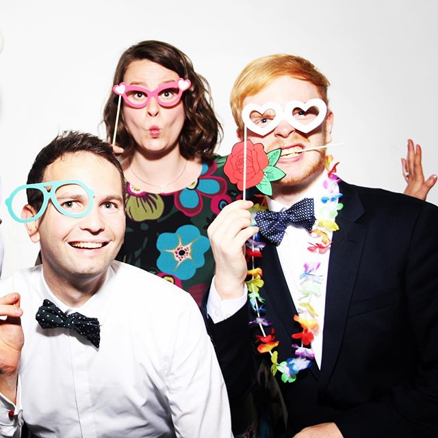 Photo Booths at weddings are the BEST idea!!! #photoboothfun #missingeveryone