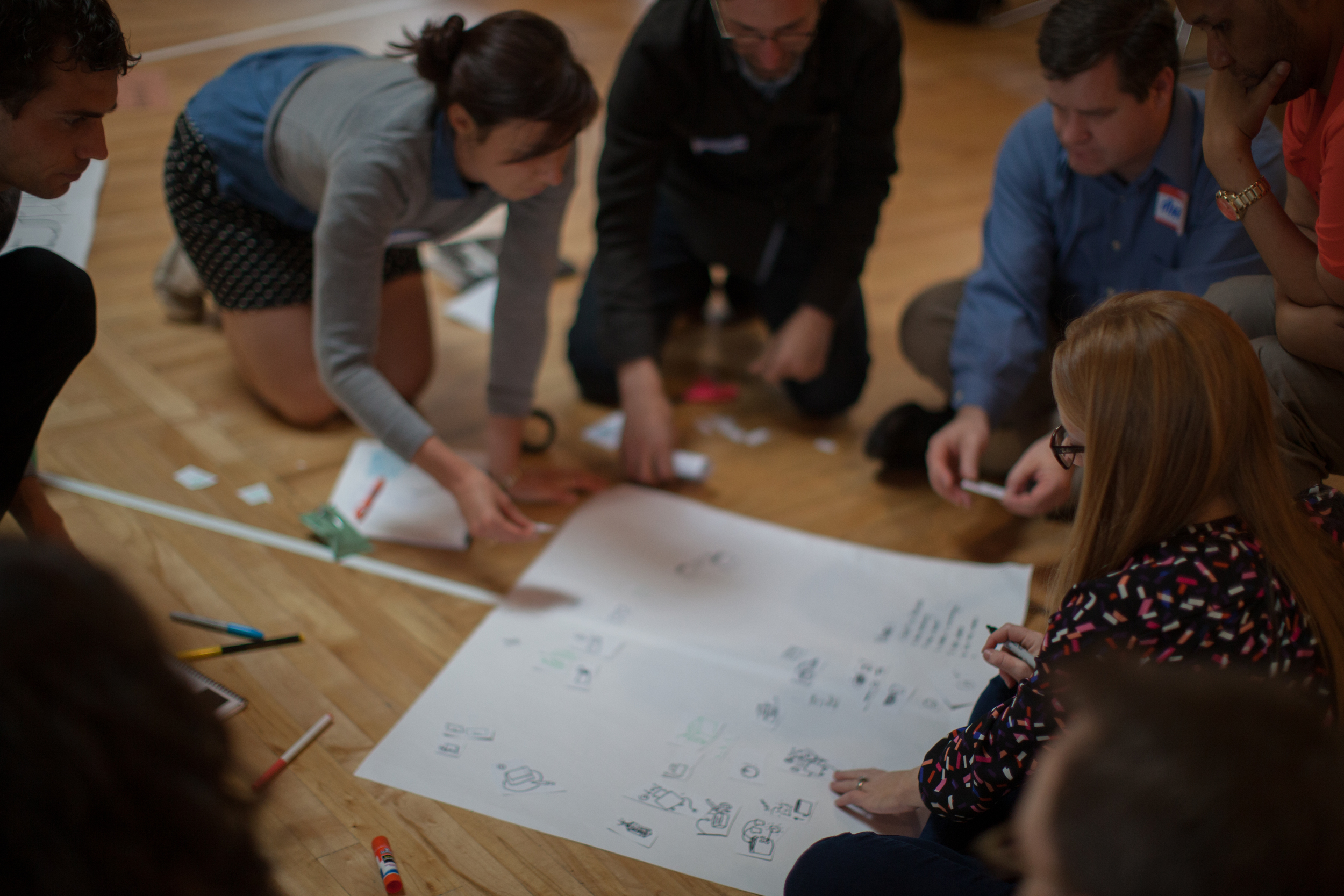 Participants learn a few simple visual thinking methods to help diagram a system.