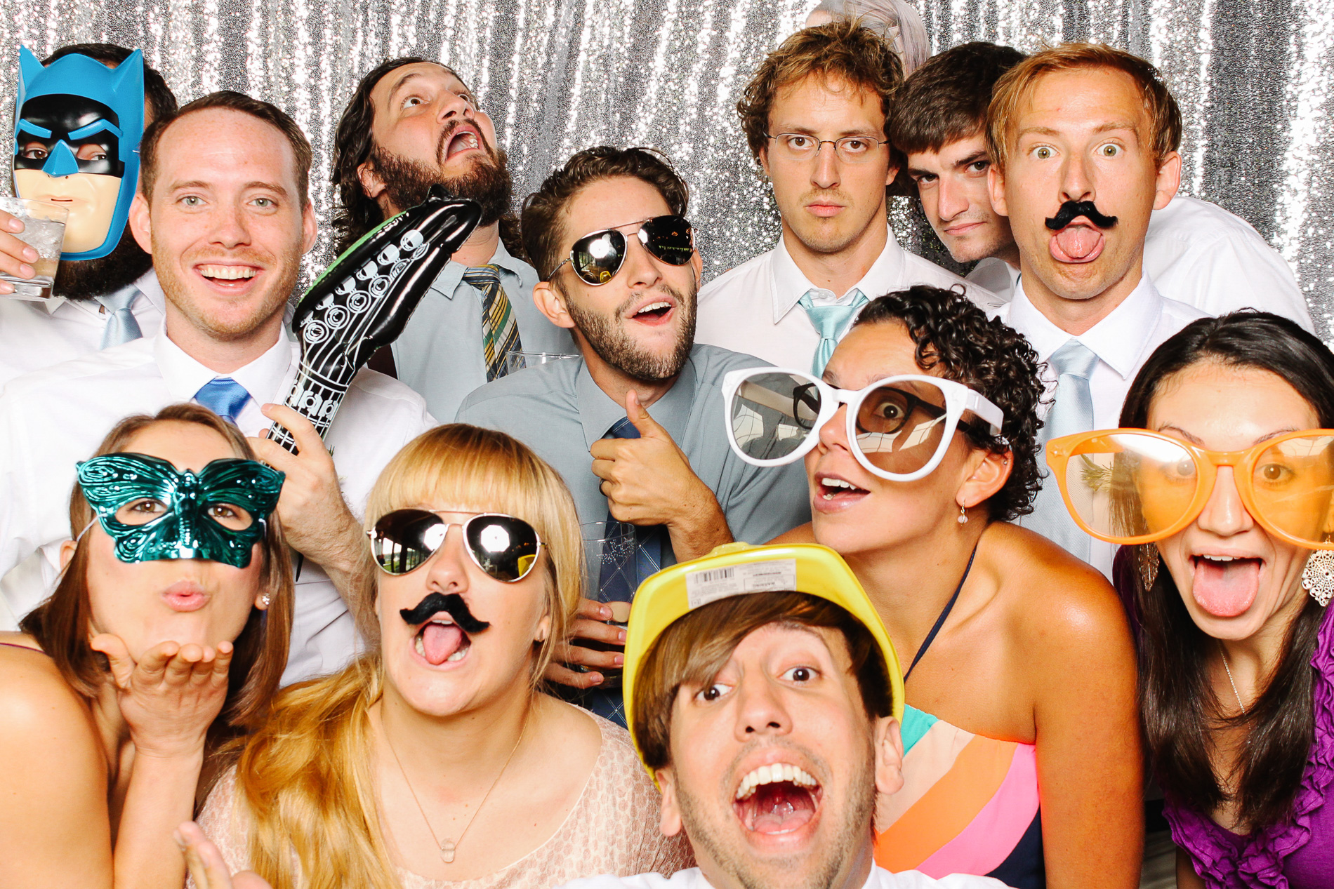 grin-and-bear-booth-photobooth-155952.jpg