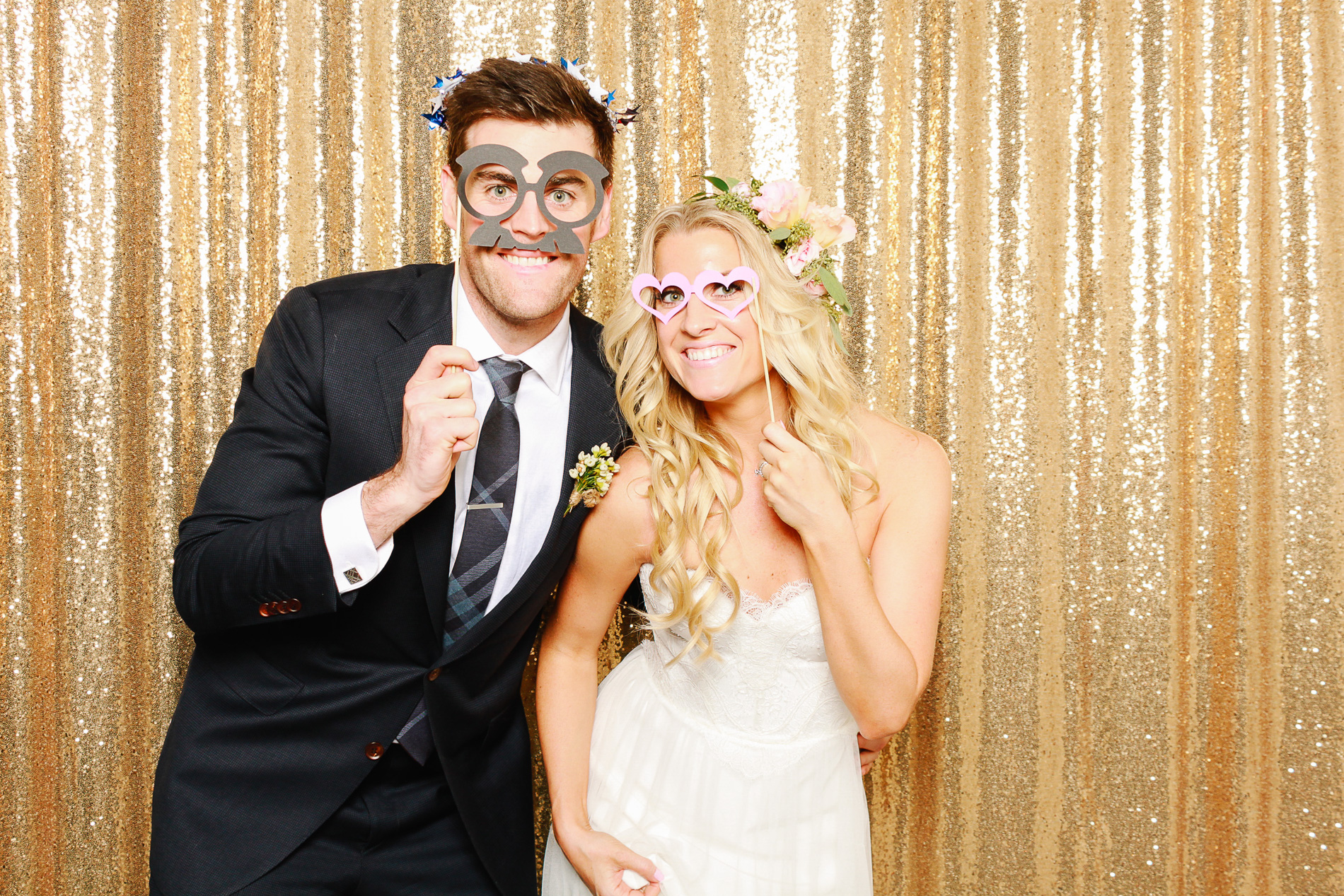 grin-and-bear-booth-photobooth-204736.jpg