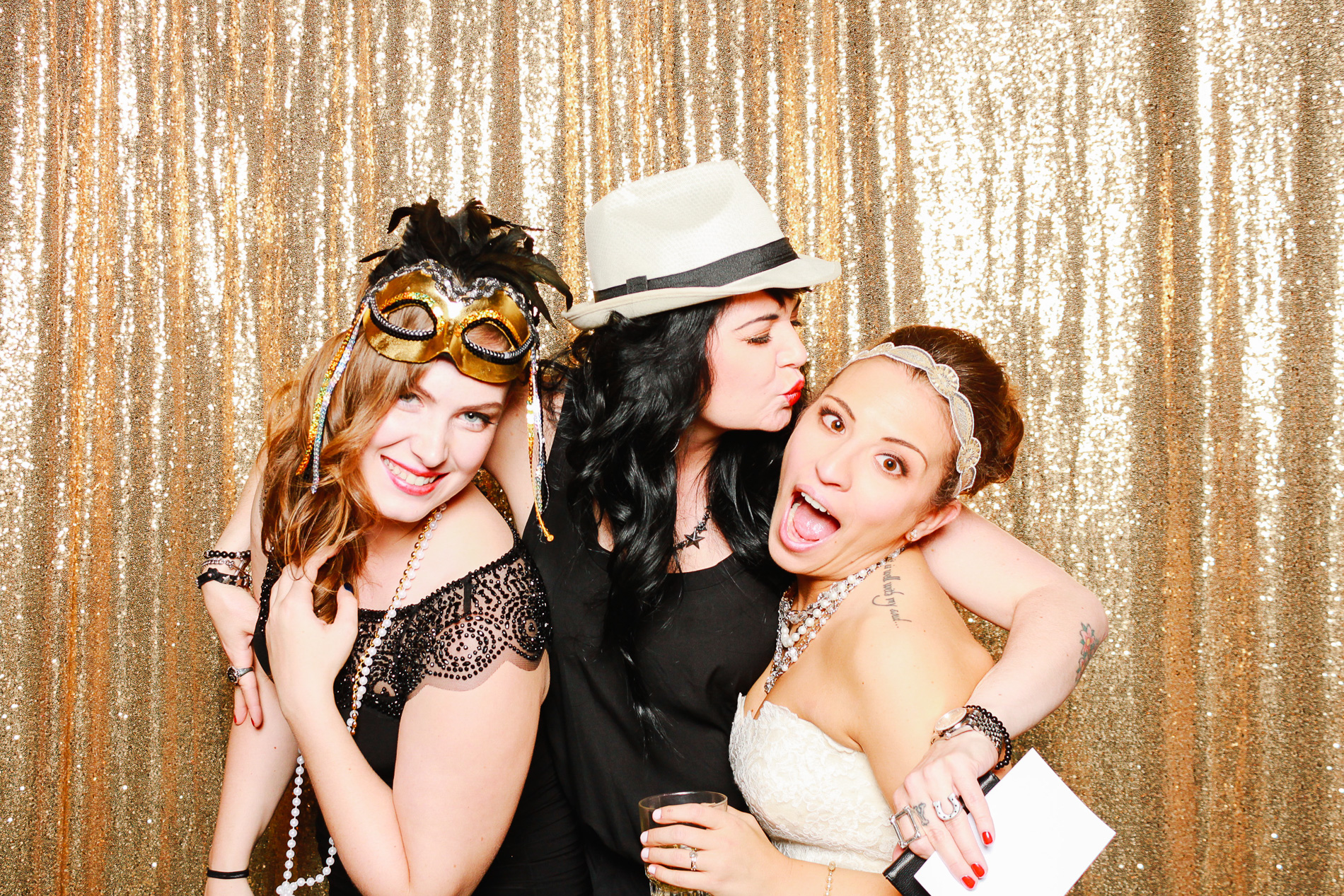 grin-and-bear-booth-photobooth-220305.jpg