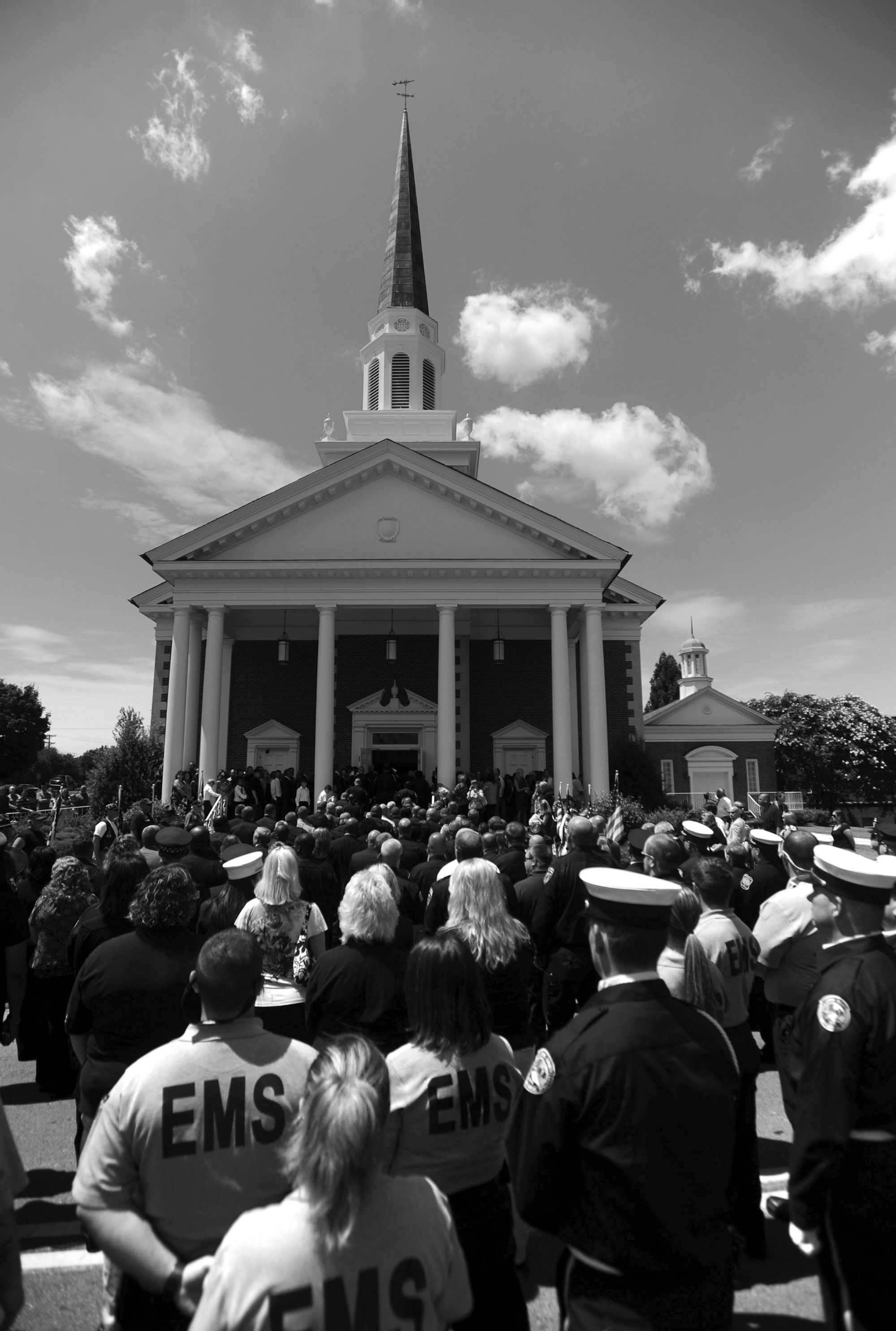 BW_DeputyKilled_Funeral 08.jpg