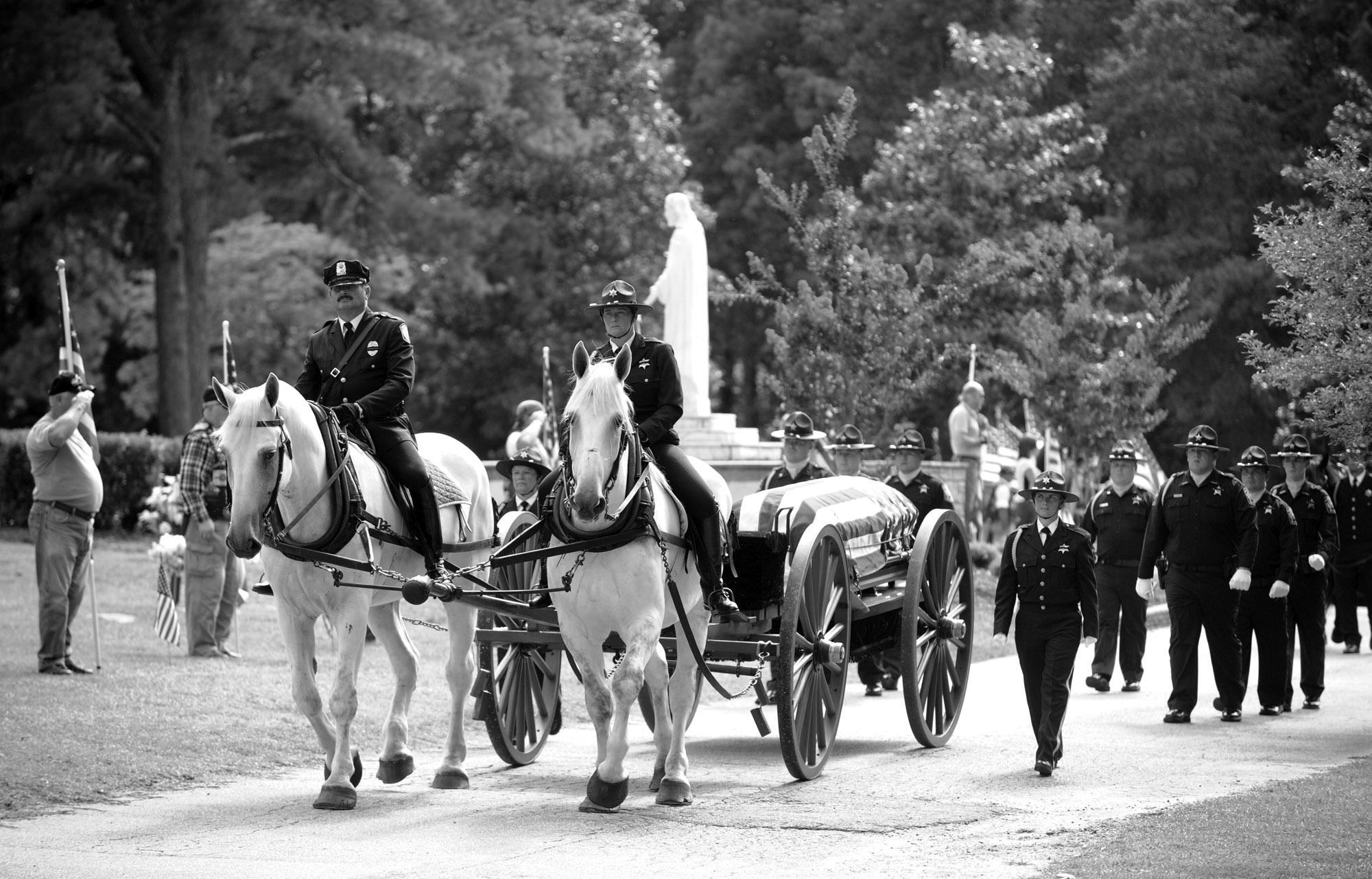 BW_DeputyKilled_Funeral 57.jpg