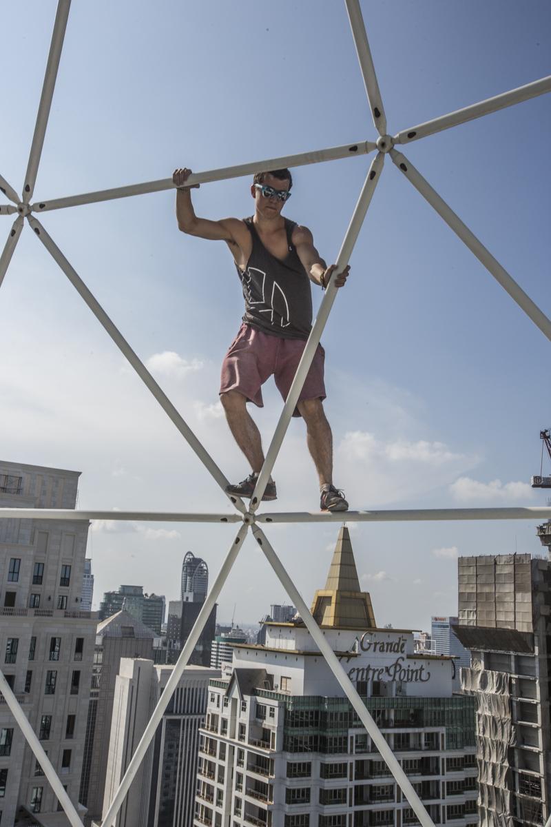 Luciano Balestra climbing down.