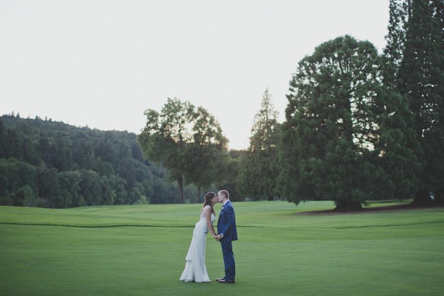 vneck-lace-trumpet-wedding-dress-6.jpg