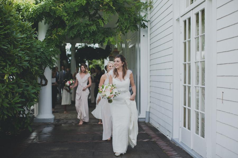 vneck-lace-trumpet-wedding-dress-3.jpg