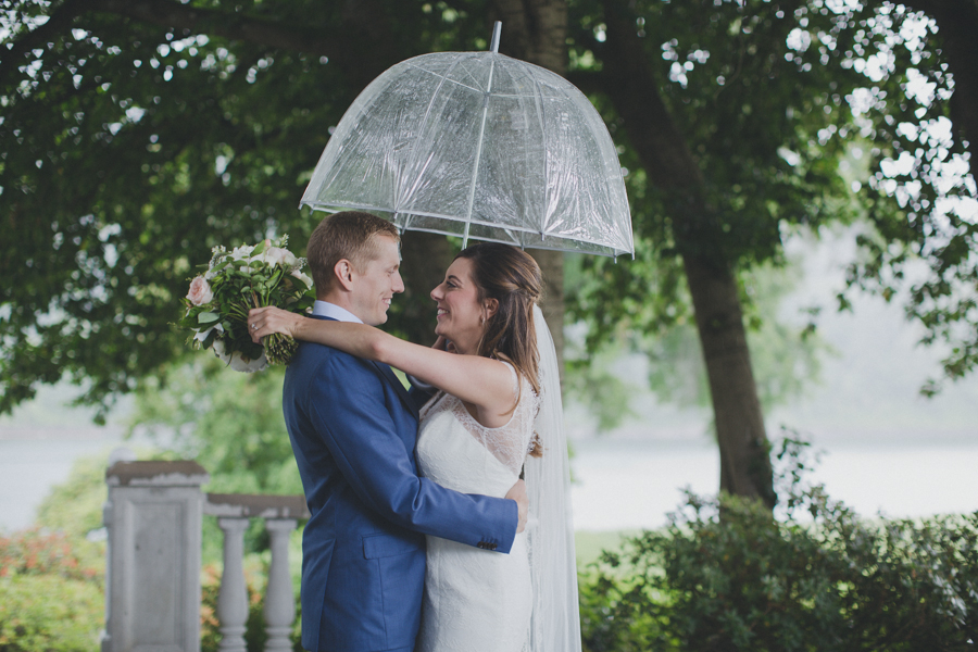 vneck-lace-trumpet-wedding-dress-1.jpg
