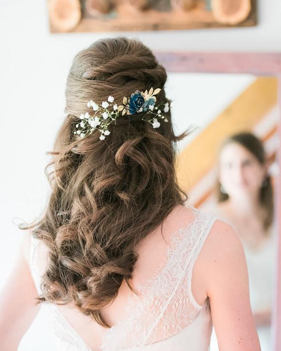 v-neck-lace-A-line-wedding-dress-3.jpg