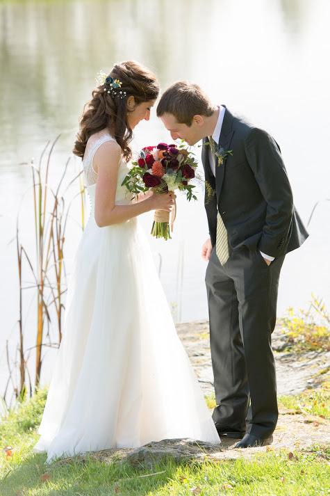 v-neck-lace-A-line-wedding-dress-5.jpg