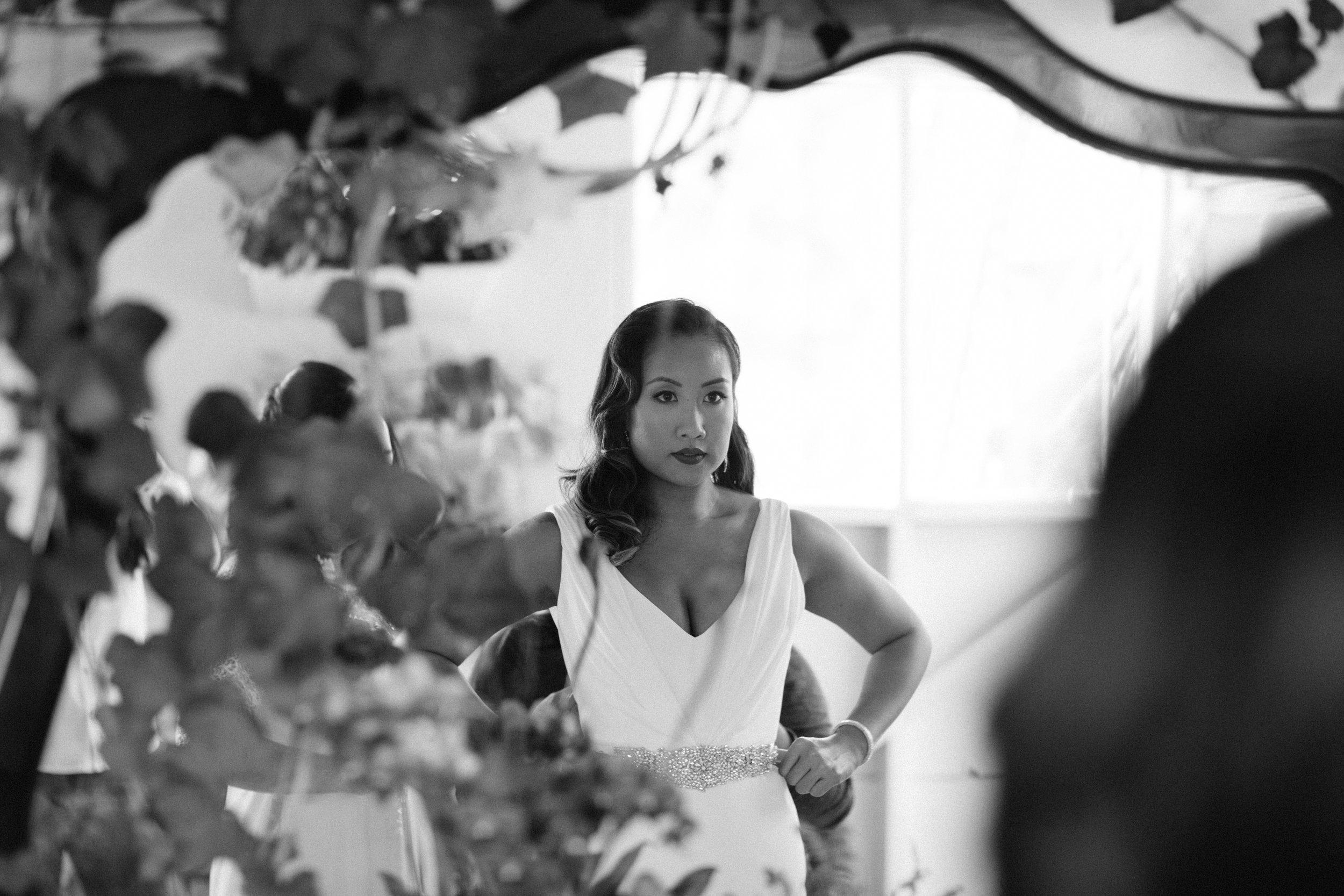 silk-crepe-v-neck-wedding-dress-3.jpg