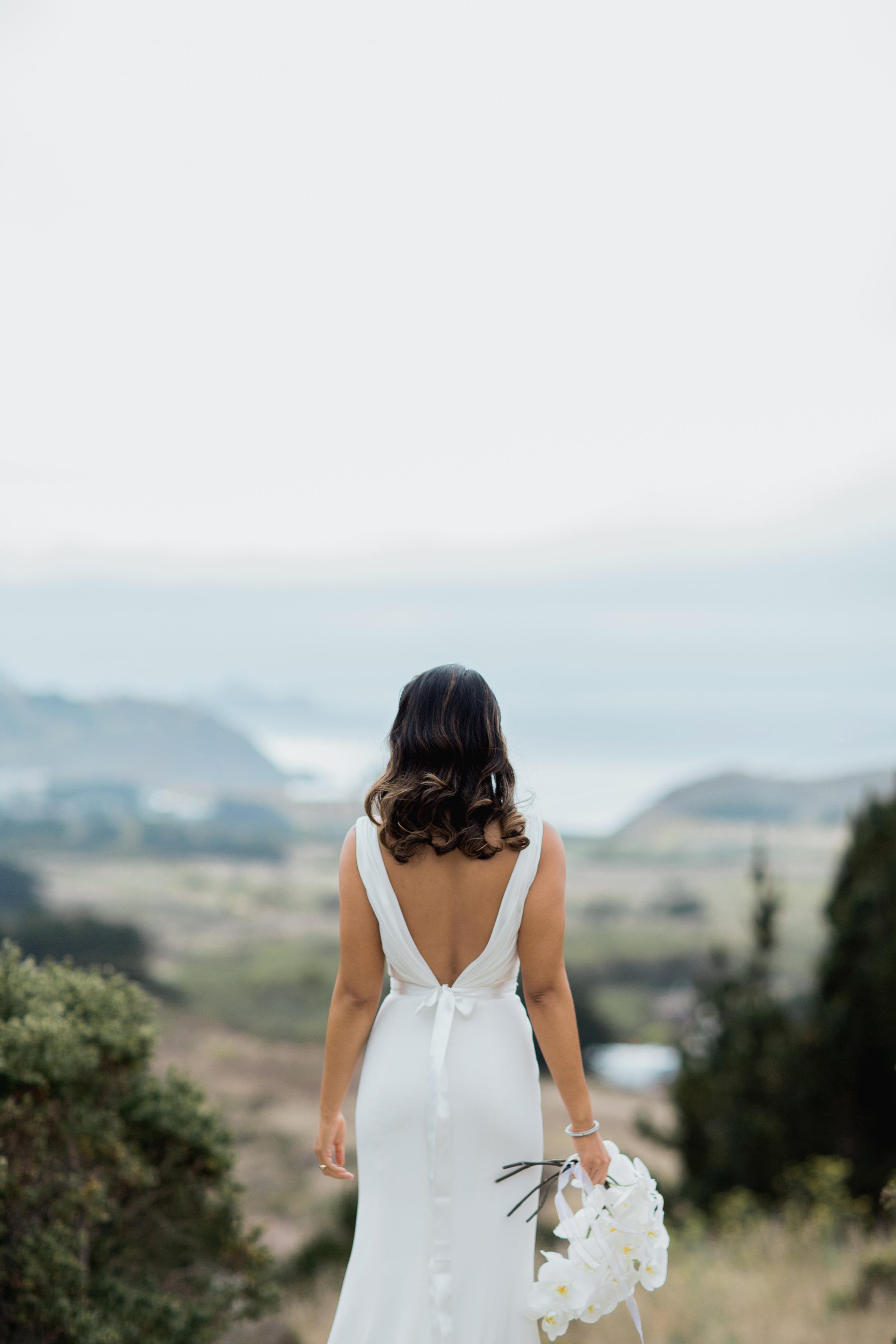 silk-crepe-v-neck-wedding-dress-4.jpg