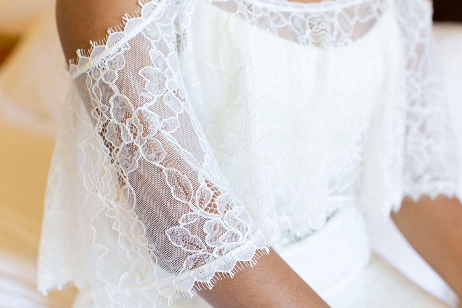 bohemian-lace-wedding-dress-1.jpg