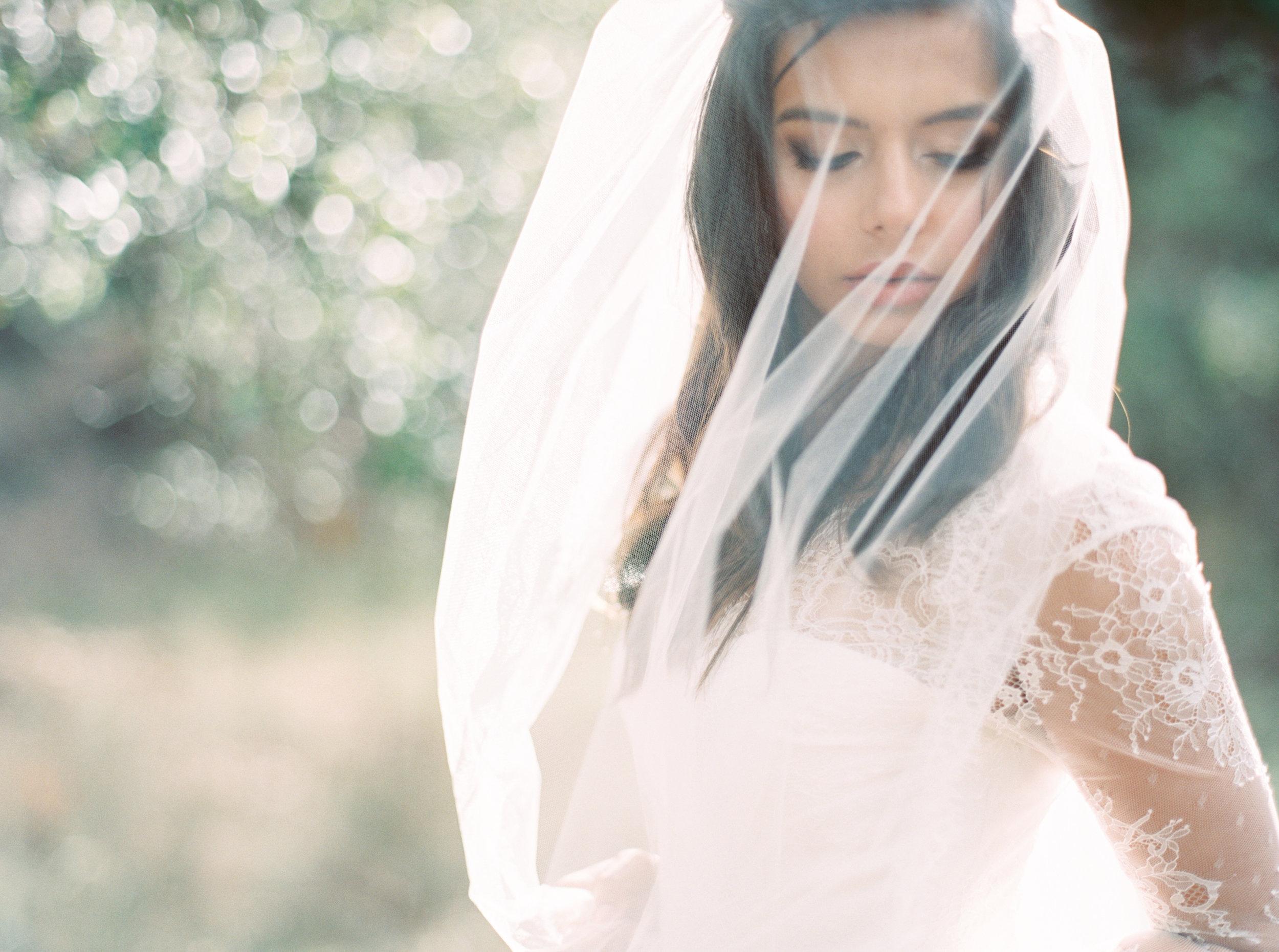 long-sleeve-lace-wedding-dress-4.jpg