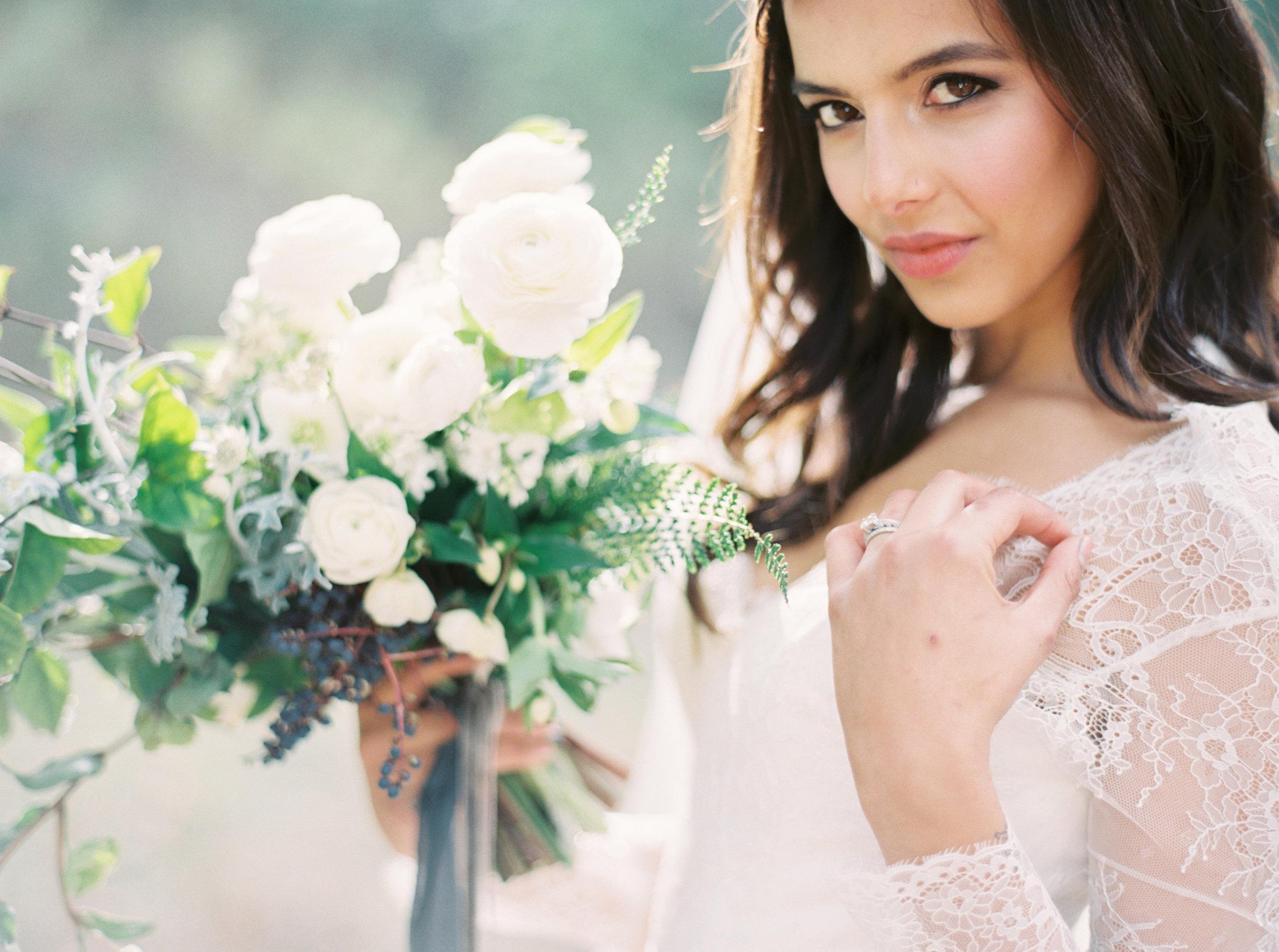 long-sleeve-lace-wedding-dress-19.jpg
