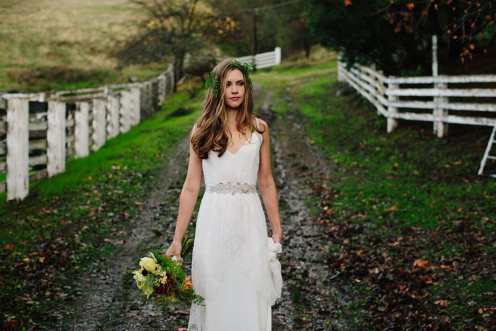 trish-lee-bohemian-lace-wedding-dress-3.jpg
