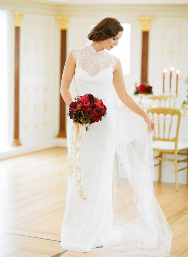 trish-lee-vintage-lace-wedding-dress.jpg