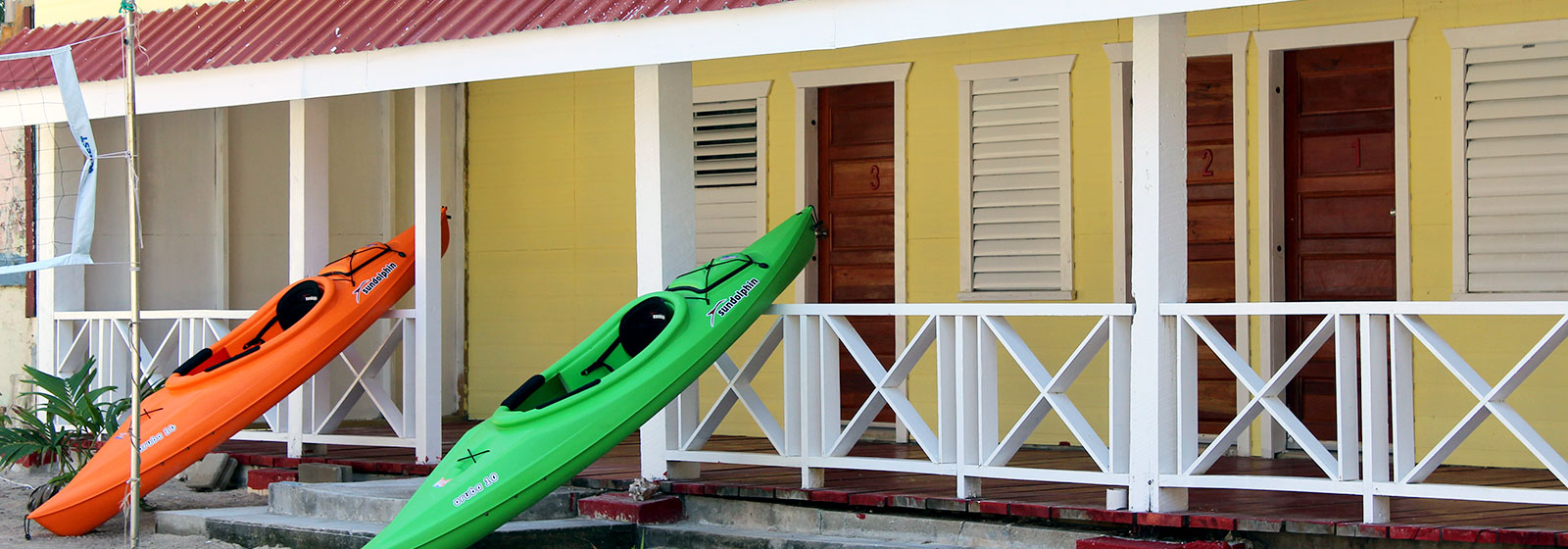 kayakingTobaccoCaye.jpg