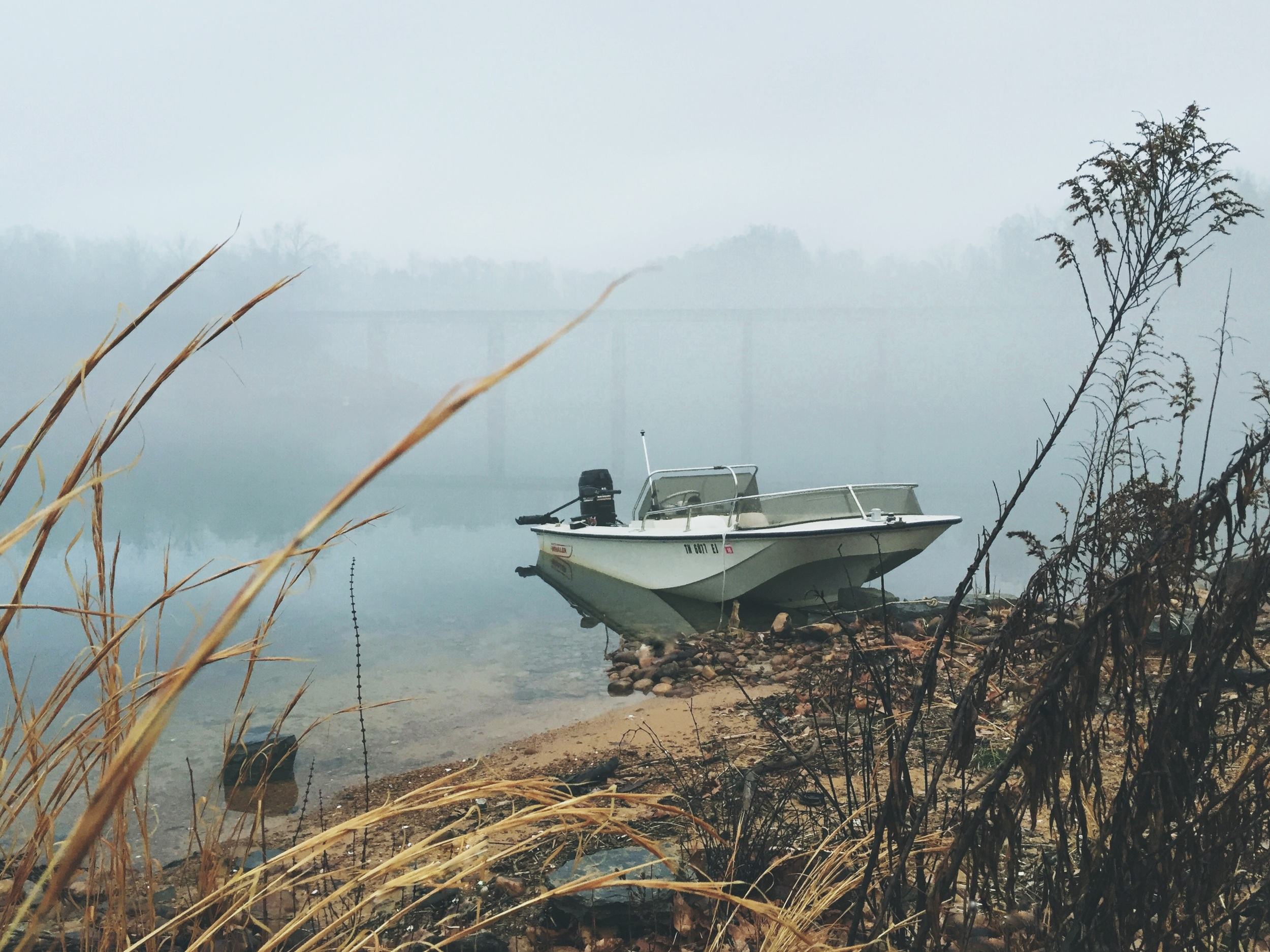 katy-sergent-photography-boston-whaler-newport-boat-fishing-boone-lake.jpg
