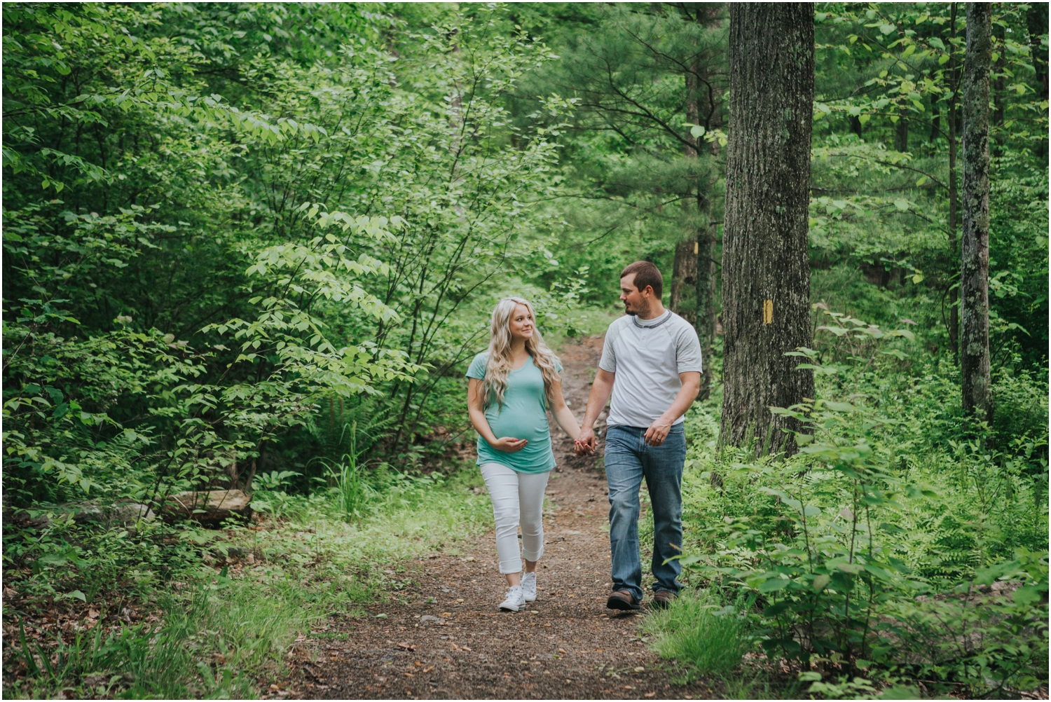 katy-sergent-photography-johnson-city-tennessee-northest-tn-elopement-intimate-wedding-photographer-outdoors-adventurous-couples-adventure-lovers_0011.jpg