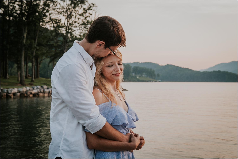 katy-sergent-photography-watauga-lake-engagement-session-northeast-tennessee-wedding-intimate-elopement-engagement-photographer-johnson-city-butler-adventurous-couples-adventure-explore-outdoors_0030.jpg