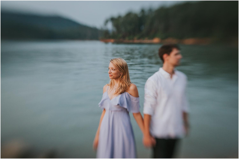 katy-sergent-photography-watauga-lake-engagement-session-northeast-tennessee-wedding-intimate-elopement-engagement-photographer-johnson-city-butler-adventurous-couples-adventure-explore-outdoors_0042.jpg