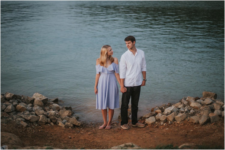 katy-sergent-photography-watauga-lake-engagement-session-northeast-tennessee-wedding-intimate-elopement-engagement-photographer-johnson-city-butler-adventurous-couples-adventure-explore-outdoors_0044.jpg