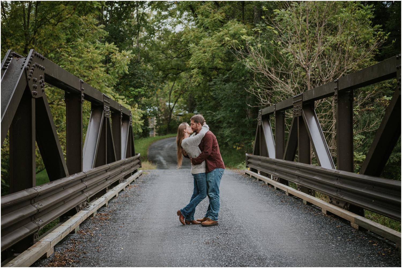 katy-sergent-photography-johnson-city-tn-wedding-elopement-photographer-northeast-asheville-north-carolina-adventurous-couples-intimate-mountain-staunton-virginia-engagement-session-rustic-blue-ridge_0046.jpg