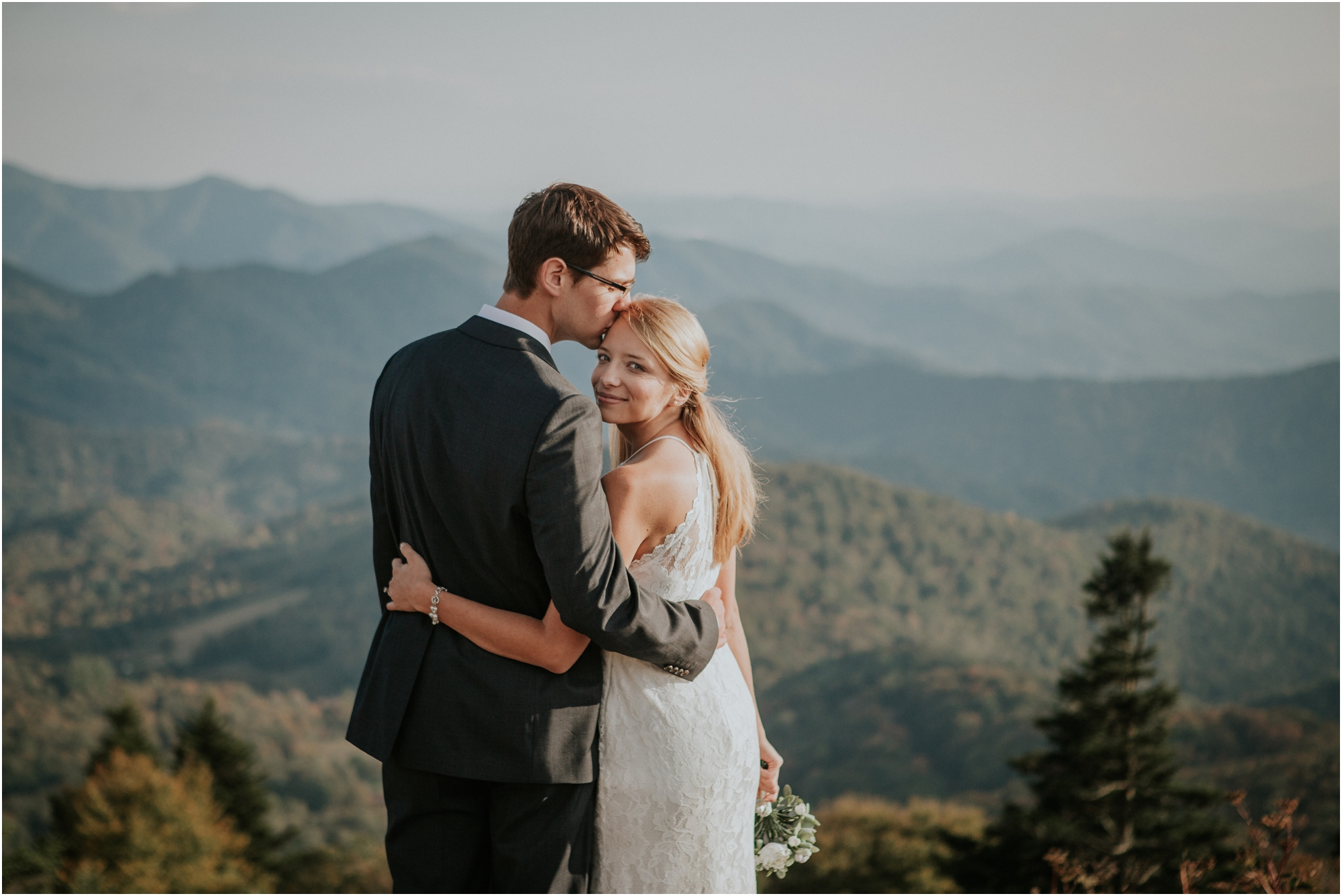 roan-mountain-tn-katy-sergent-photography-tennessee-elopement-intimate-wedding-adventurous-photographer-hiking-outdoors-summer-northeast-northcarolina-blue-ridge_0064.jpg