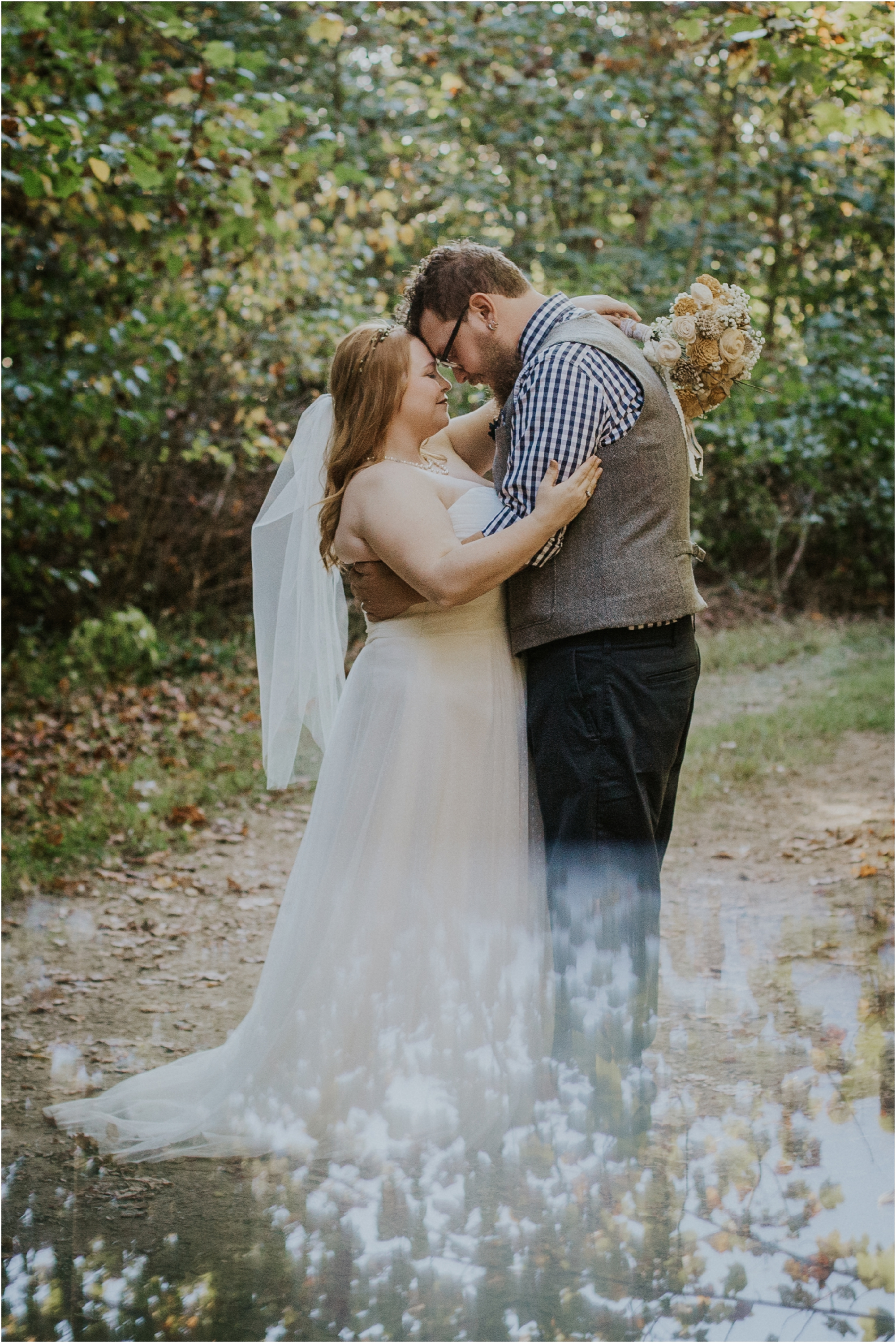 abingdon-virginia-rustic-fall-4hcenter-wedding-photography_0066.jpg