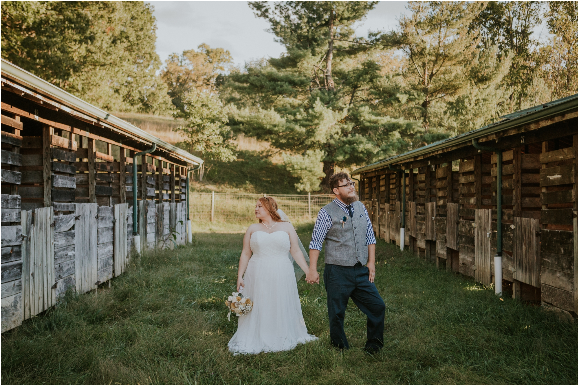 abingdon-virginia-rustic-fall-4hcenter-wedding-photography_0071.jpg