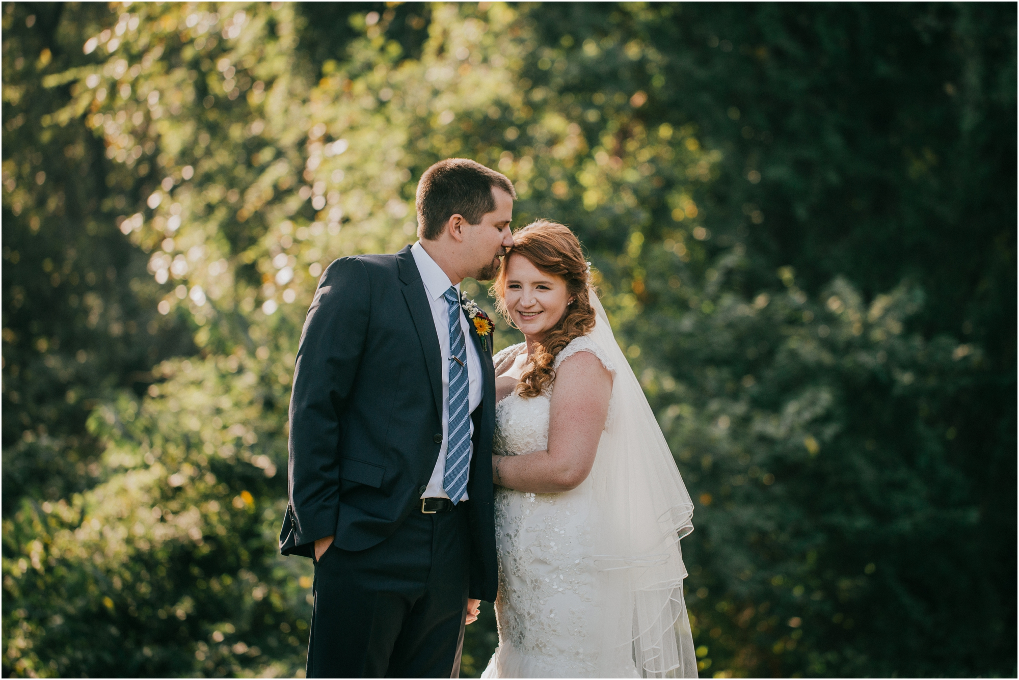 Fall-gem-stone-earthy-succulent-mount-airy-mansion-wedding-tennessee-elopement-photographer_0050.jpg