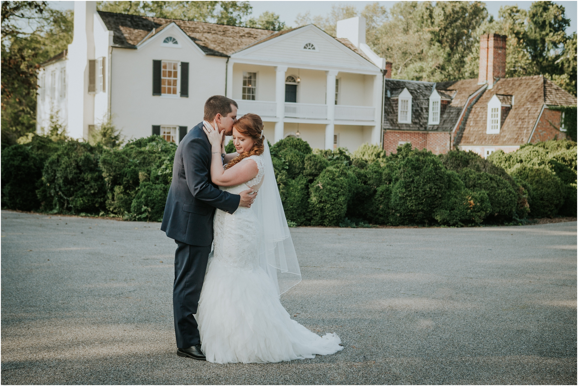 Fall-gem-stone-earthy-succulent-mount-airy-mansion-wedding-tennessee-elopement-photographer_0055.jpg