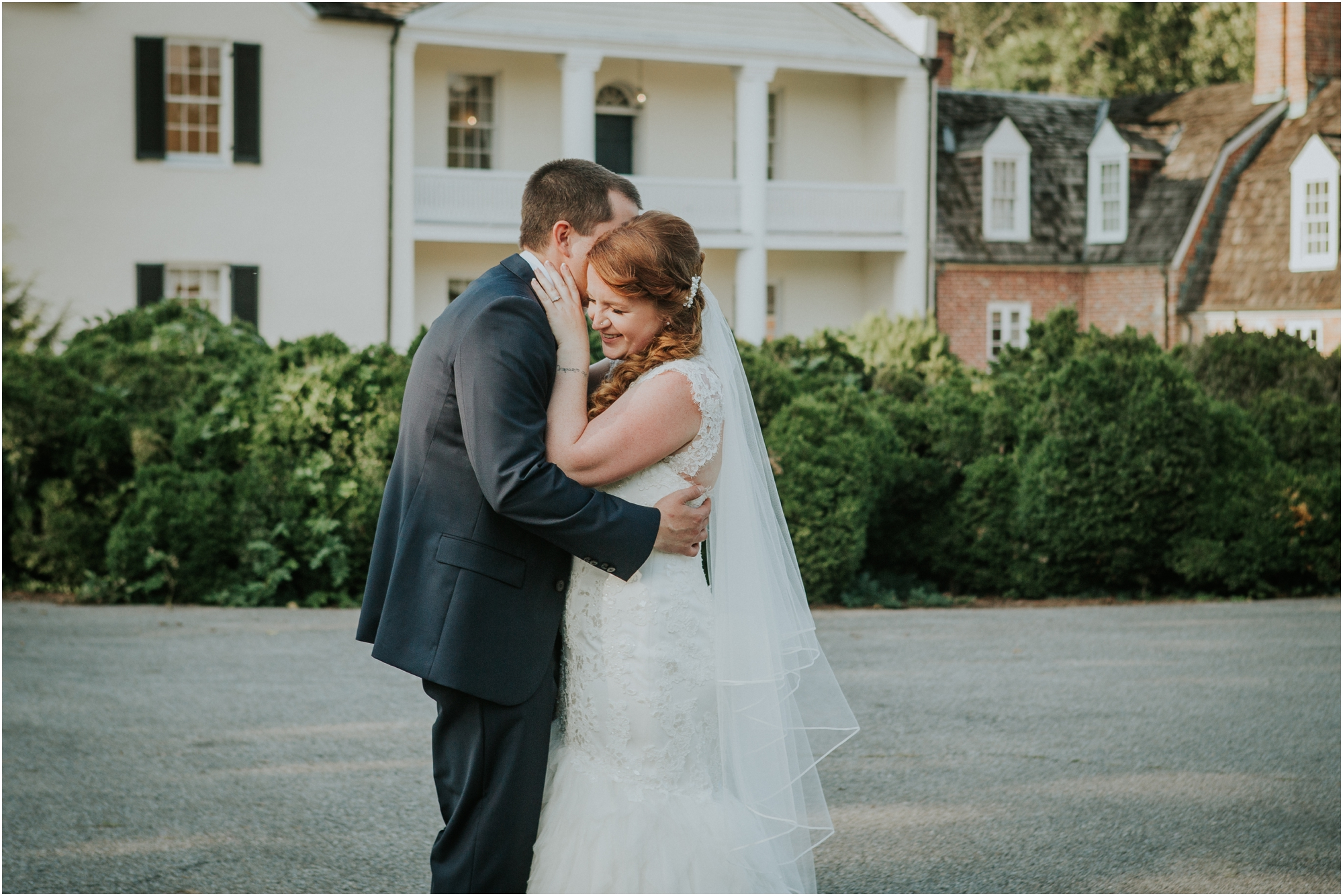 Fall-gem-stone-earthy-succulent-mount-airy-mansion-wedding-tennessee-elopement-photographer_0058.jpg