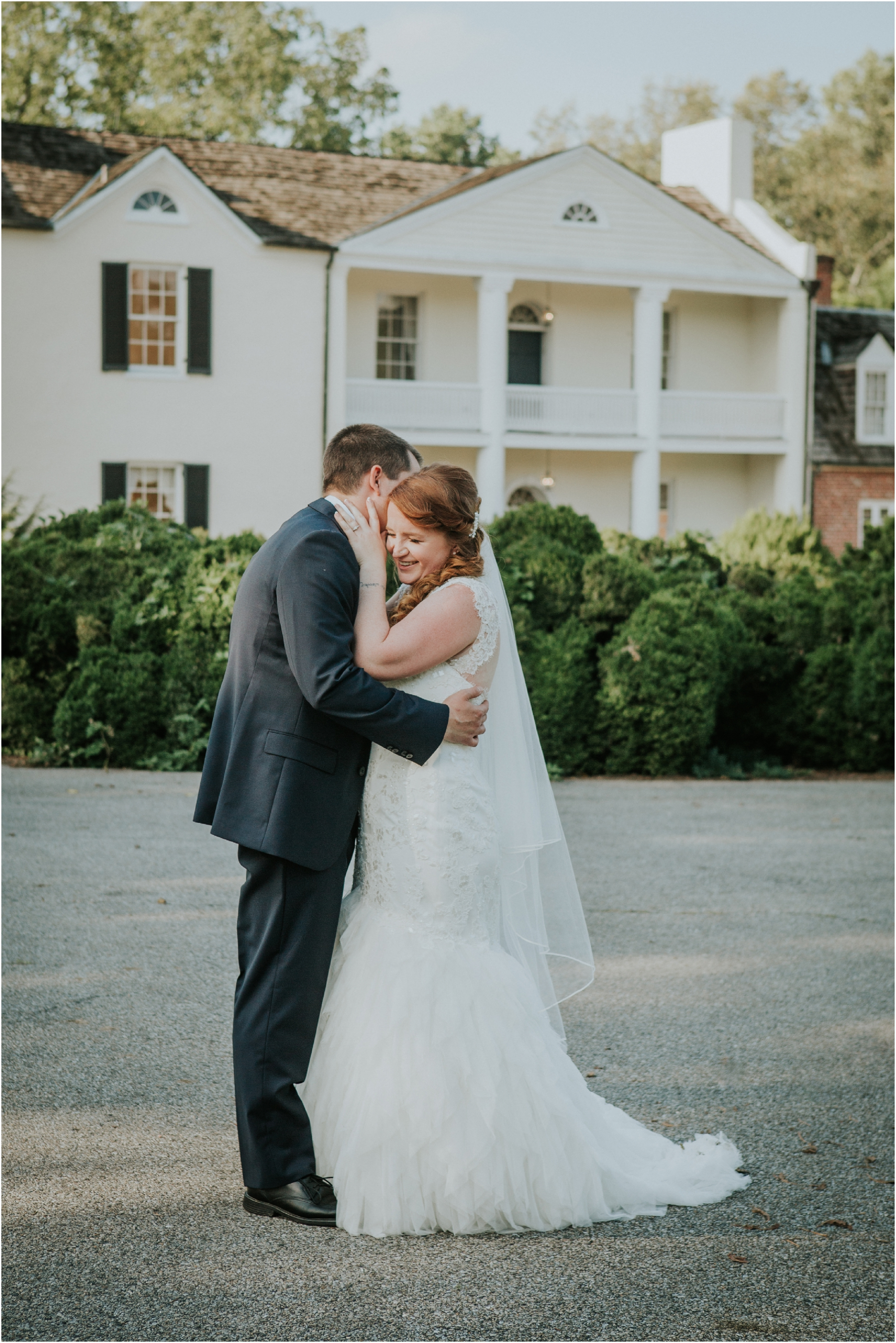 Fall-gem-stone-earthy-succulent-mount-airy-mansion-wedding-tennessee-elopement-photographer_0057.jpg