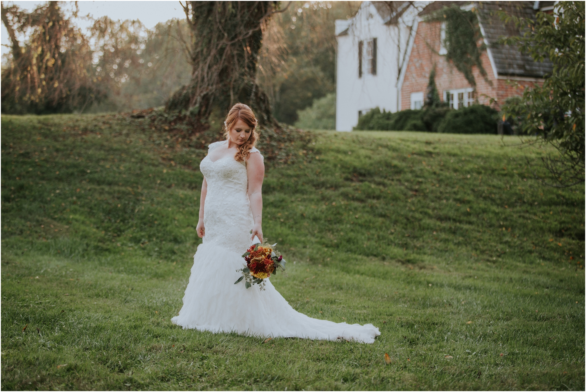 Fall-gem-stone-earthy-succulent-mount-airy-mansion-wedding-tennessee-elopement-photographer_0064.jpg