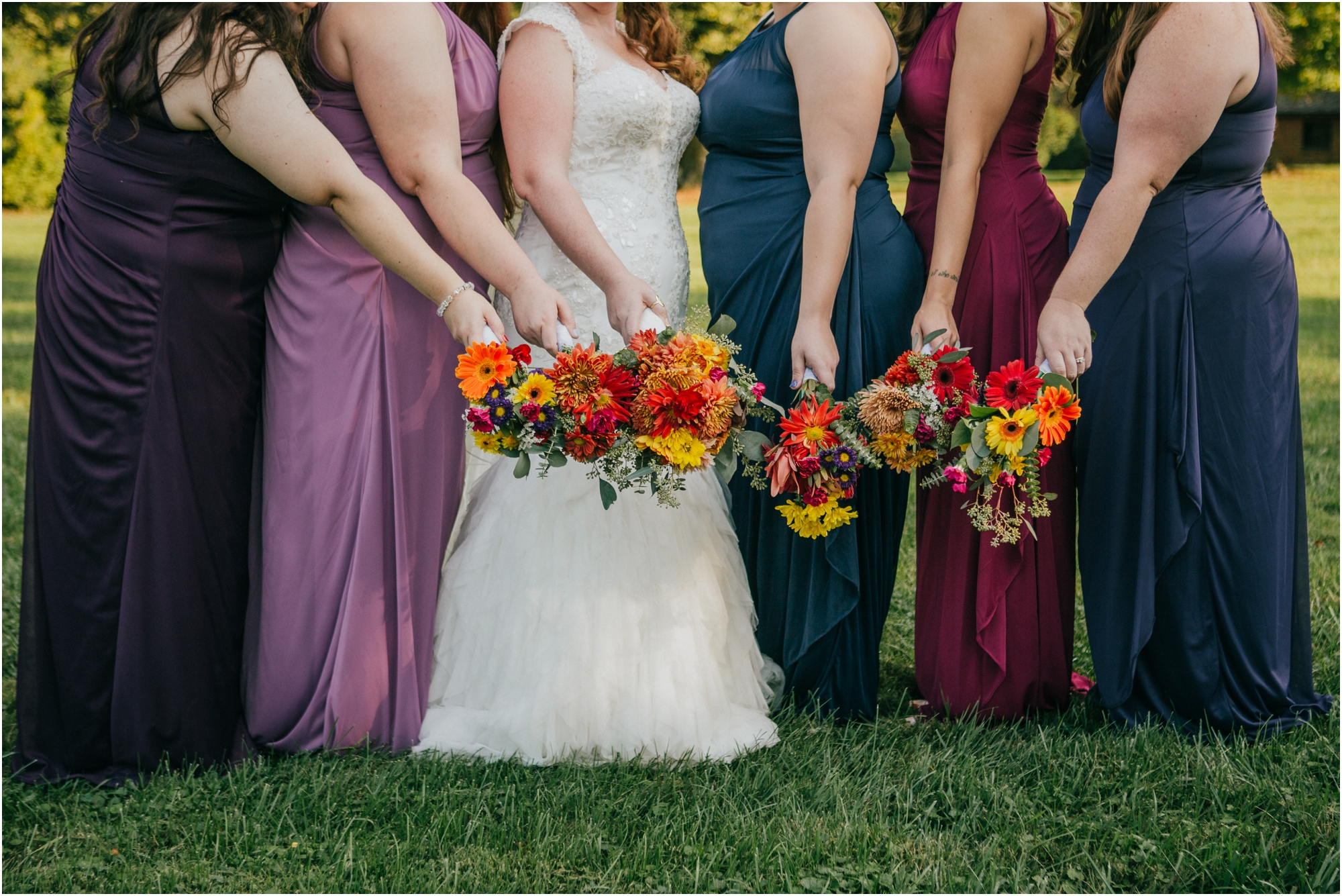Fall-gem-stone-earthy-succulent-mount-airy-mansion-wedding-tennessee-elopement-photographer_0079.jpg