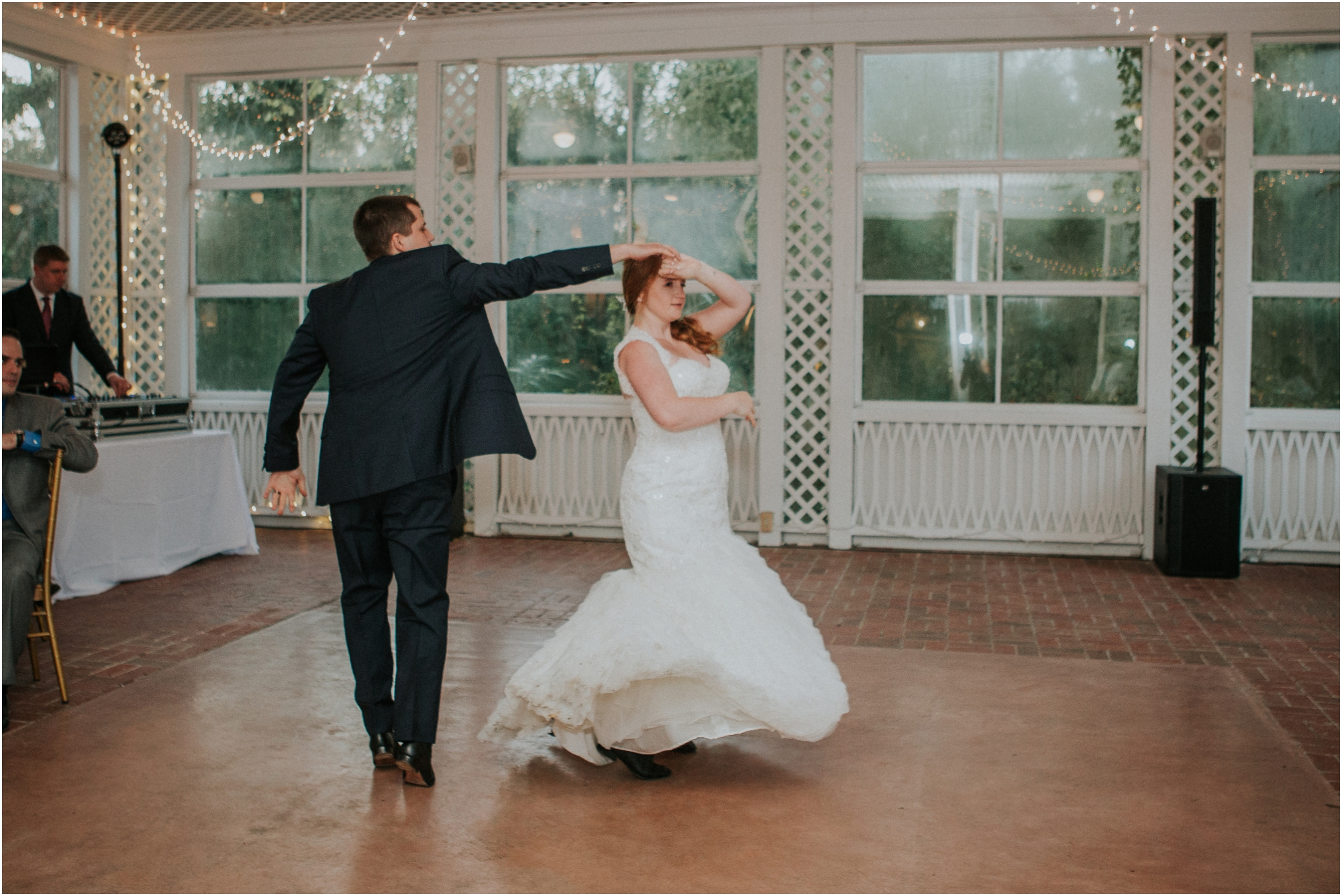 Fall-gem-stone-earthy-succulent-mount-airy-mansion-wedding-tennessee-elopement-photographer_0124.jpg