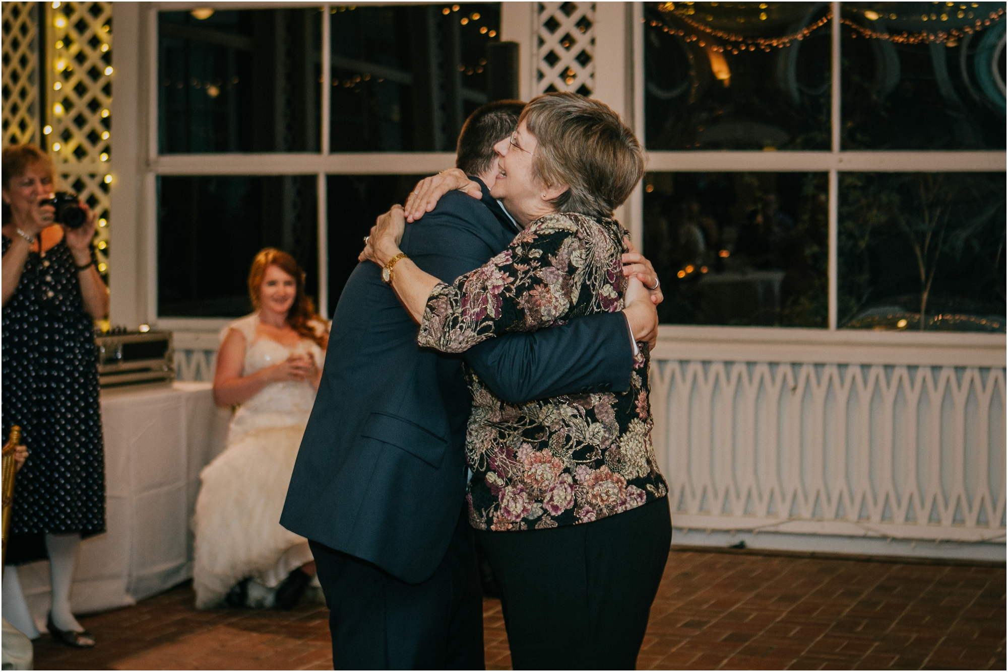 Fall-gem-stone-earthy-succulent-mount-airy-mansion-wedding-tennessee-elopement-photographer_0133.jpg
